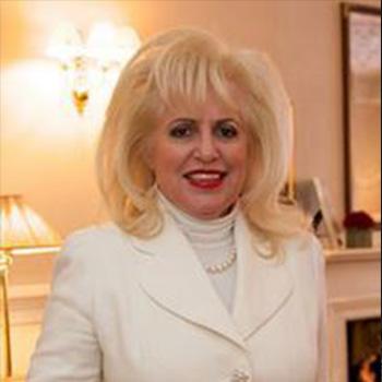 Dr. Rita Rakus